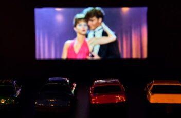 sevgili ile film izlenecek sinema salonu