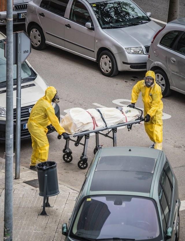 Türkiye de ilk korona virüs vakası 11 Mart'ta görüldü